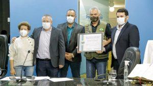 0A2210D5-BF6F-45BD-841B-E511E3905180-300x169 General Girão recebe título de cidadão poçobranquense